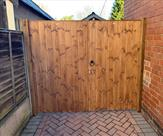 Double gates fitted with key lock in Sawley. 23.01.19
