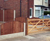 Convexed Feather Edged Fence Panels + 5 Bar Gate