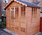 8ft x 5ft Summerhouse with black roof shingles