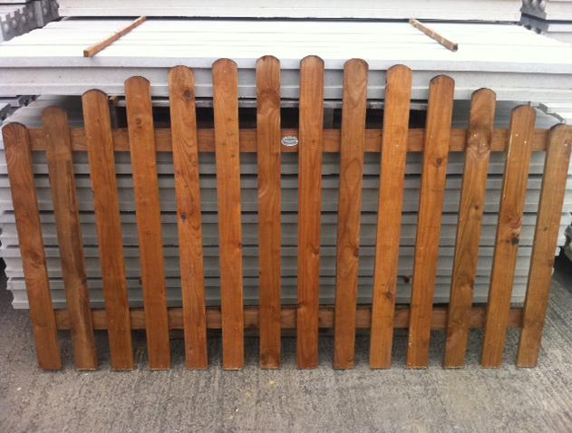 convexed picket long eaton fencing. Black Bedroom Furniture Sets. Home Design Ideas